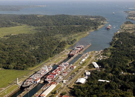 panama-canal-construction