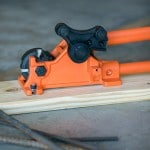 Manual rebar bender and cutter
